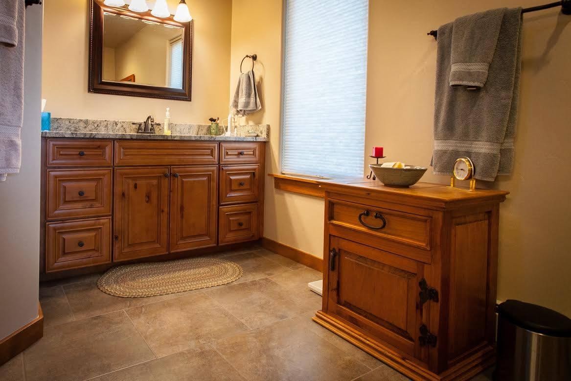Knm Raised Panel Door Premium Cabinets