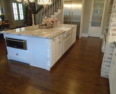 Kitchen Island with White Shaker Cabinets